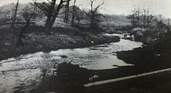 昭和30年代の月寒川中流(月寒川とラウネナイ川の合流地点)