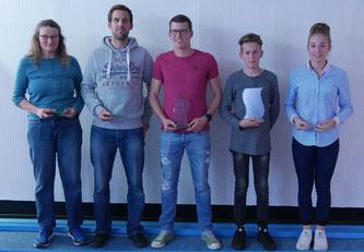 Die Vereinsmeister 2016: Hanna Svoboda-Vasquez (LD), Jens Bruch (LD), Stefan Behle (KD), Henning Albert (mJ) und Ardijana Jurisic (wJ); es fehlt Anika Wienke (KD)