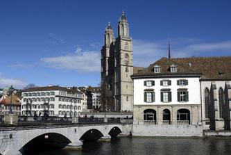 Blick auf das Grossmünster in Zürich