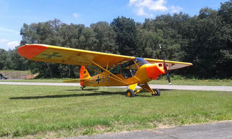 Piper PA-18 (L-18C) - D-EDMW