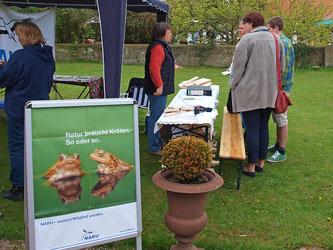 Der Info-Stand im Jahr 2012. - Foto: Kathy Büscher