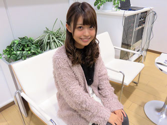 Kana Hashimoto speaks during an interview with Hakumon Herald at G Square.