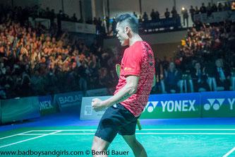 Lin Dan nach seinem Triumph bei den German Open (Bild: Bernd Bauer)