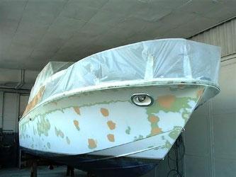 Reparatur der Bootsschale
