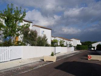 Vue des maisons de la résidence Les Mas des oliviers