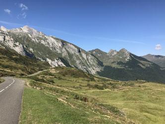Blick vom Col de Soulor in Richtung Aubisque
