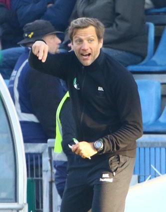 VfB Lübeck Trainer Rolf Landerl - Foto: pin