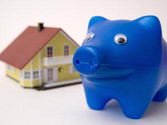 Gute Nachricht für Hauskäufer: Die Zinsen für Immobilienkredite bleiben niedrig. Foto: Andrea Warnecke/dpa-tmn/dpa
