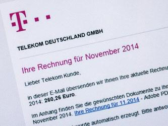 Sieht aus wie eine Rechnung von der Telekom, enthält aber Schadsoftware. Wer eine solche E-Mail bekommt, sollte sie am besten sofort löschen. Foto: Andrea Warnecke