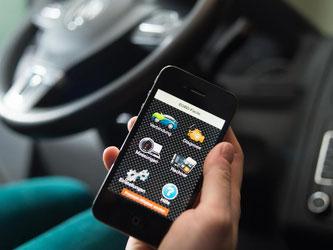 Über eine Handy-App wie «EOBD-Facile» kann man diverse Diagnosen aus der Elektronik des Autos ziehen. Foto: Franziska Gabbert