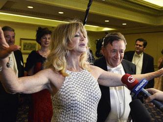 Richard Lugner schwärmt von seinem Gast Goldie Hawn. Foto: Herbert Pfarrhofer