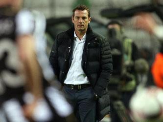 Hochzufrieden mit dem Auswärtssieg seiner Mannschaft: Trainer Markus Weinzierl. Foto: Ina Fassbender