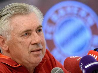 Bayern-Trainer Carlo Ancelotti: «Ich bin zufrieden nach der Pause. Die Mannschaft hat sehr gut trainiert.» Foto: Andreas Gebert