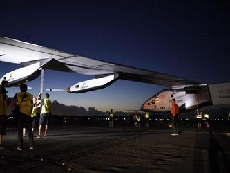 Bevor das Solarflugzeug den Atlantik überqueren soll, stehen noch mindestens drei Stopps in den USA an. Foto: Christophe Chammartin