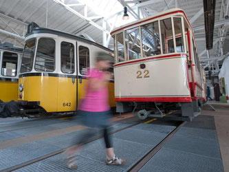 Der Museumstag zeigt auch historische Straßenbahnwagen. Foto: Uwe Anspach/Archiv