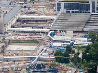 Blick auf Hauptbahnhof von Stuttgart. Foto: Christoph Schmidt/Archiv