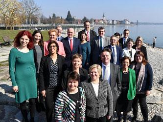 Vertreter der Länder posieren vor der Integrationsminister-Konferenz. Foto: Felix Kästle