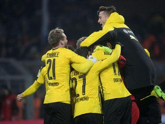 Borussia Dortmund ist nach einem Elfmeterkrimi ins Pokal-Viertelfinale eingezogen. Foto: Bernd Thissen