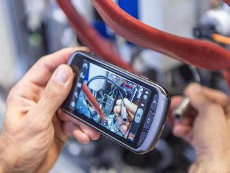 Manager mahnen Verbesserungen bei der Aus- und Weiterbildung im Bereich «Neue Technologien» in Deutschland an. Foto: Daniel Maurer/Archiv