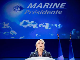 Marine Le Pen ist einen Schritt weiter. Foto: Kay Nietfeld