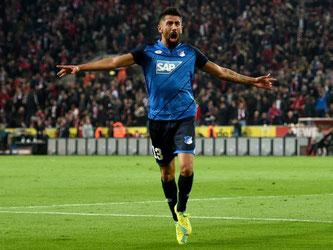 Hoffenheims Kerem Demirbay jubelt über seinen Treffer zum 1:1-Ausgleich. Foto: Jonas Güttler