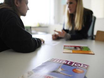 Junge Menschen sollen sich in Jugendberufsagenturen wohl- und ernst genommen fühlen. Foto: Angelika Warmuth