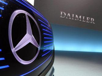 Diesel-Betrug? Ermittler verdächtigen Daimler-Mitarbeiter. Foto: Uli Deck/Archiv