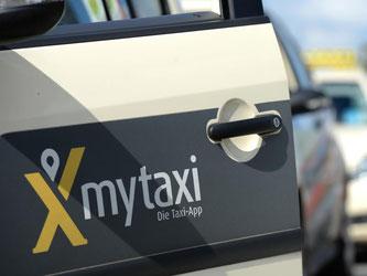 Der Streit um die Rabatte der Daimler-Tochter myTaxi geht in nächste Runde. Foto: D. Reinhardt/Archiv