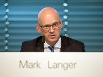 Mark Langer spricht bei der Vorstellung der Jahreszahlen in Metzingen. Foto: Marijan Murat/Archiv