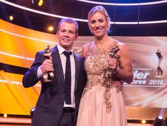 Florian Hambüchen und Angelique Kerber freuen sich über ihre Auszeichnungen. Foto: Patrick Seeger