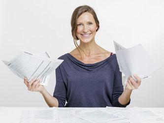 Steuerzahler können Geld sparen. Dafür müssen sie bis zum Jahresende aber noch ein wenig Papierkram erledigen. Foto: Monique Wüstenhagen