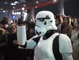 «Star Wars»-Fans im Südwesten in freudiger Erwartung. Foto: Franck Robichon/Archiv