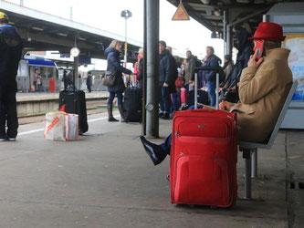 Kunden der Deutschen Bahn AG sollten Plätze reservieren. Foto: Jens Wolf
