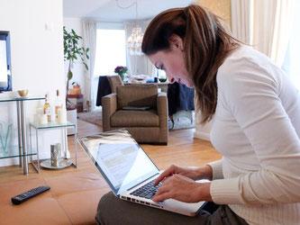 Egal wie schnell der Router theoretisch sein mag: Wer darüber auf das Internet zugreift, muss sich mit dem gebuchten Tempo des Internetzugangs begnügen. Foto: Bodo Marks/dpa-tmn