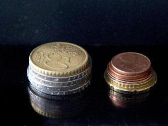 Am 1. Januar 2017 steigt der gesetzliche Mindestlohn um 35 Cent auf 8,84Euro an. Foto: Arno Burgi