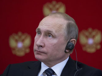Kreml-Chef Wladimir Putin während einer Pressekonferenz in Moskau. Die USA fordern nun die Rückgabe der Krim an die Ukraine. Foto: Alexander Zemlianichenko