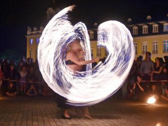 Feuer-Show auf Karlsruher Museumsnacht. Foto: Uli Deck/Archiv