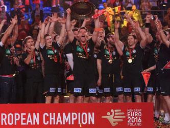 Im EM-Finale von Krakau fegten die deuutschen Handballer Spanien mit 24:17 vom Parkett und wurden Europameister. Foto: Jens Wolf