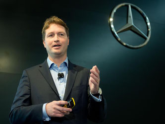 Daimler-Entwicklungsvorstand Ola Källenius: «Aus heutiger Sicht gibt es keinen Grund zu sagen, es wird keine Nachfolgegeneration für diese Dieselfamilie geben.» Foto: Sebastian Kahnert/Archiv