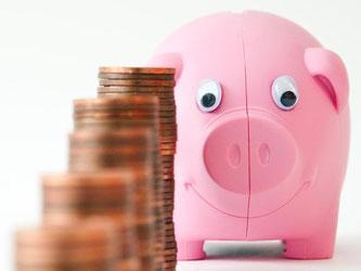 Bei extremen Niedrigzinsen gibt es für Sparer nicht viel zu holen. Wer sein Geld etwa auf einem Tagesgeld anlegt, bekommt derzeit maximal 1,3 Prozent Zinsen. Foto: Andrea Warnecke