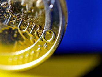 Die niedrige Inflation schont den Geldbeutel der Verbraucher. Doch Währungshüter warnen vor Risiken. Foto: Oliver Berg