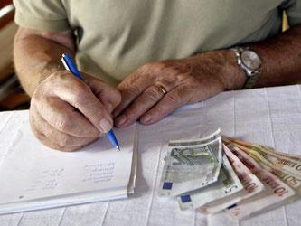 Wegen des anhaltenden Zinstiefs sind klassische Riester-Rentenversicherungen kaum noch gefragt. Foto: Andreas Gebert