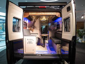 Ein Wohnmobil auf der Urlaubsmesse «Caravan Motor Touristik» (CMT). Foto: Christoph Schmidt