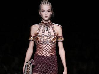 Dass Modehaus Valentino greift für die kommende Mode Stilelemente aus Afrika auf. Foto: Yoan Valat