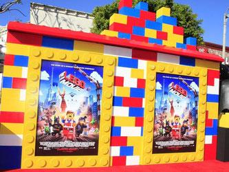 Die Werbung durch den Kino-Kassenschlager «The Lego Movie» hat den Absatz von Legosteinen mächtig angekurbelt. Foto: Nina Prommer
