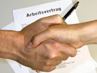 Wird ein befristeter Arbeitsvertrag geschlossen, muss klar geregelt sein, wann das betreffende Projekt abgeschlossen ist. Foto: Jens Schierenbeck