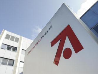 Zentrale von ProSiebenSat.1 in Unterföhring bei München: Der Medienkonzern rechnet für 2016 beim Umsatz mit einem Plus von mindestens 10 Prozent. Foto: Andreas Gebert/Archiv