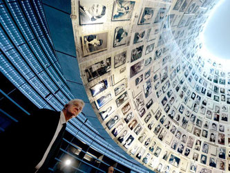 Winfried Kretschmann in Jerusalem. Foto: Bernd Weissbrod/Archiv