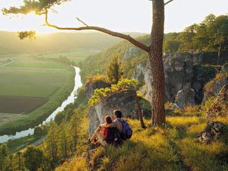Der Altmühltal-Panoramaweg führt über 200 Kilometer von Gunzenhausen nach Kehlheim. Foto: Informationszentrum Naturpark Altmühltal/Andreas Hub