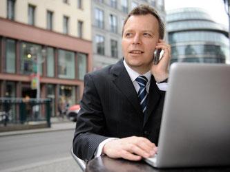 Den privaten Laptop für die Arbeit nutzen? Der Arbeitgeber kann Mitarbeiter in der Regel nicht dazu verpflichten, das zu machen. Foto: Mascha Brichta